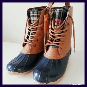 NWT SPORTO DUCK BOOTS PLAID